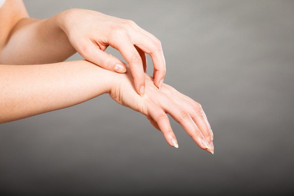 Сухая кожа на руках