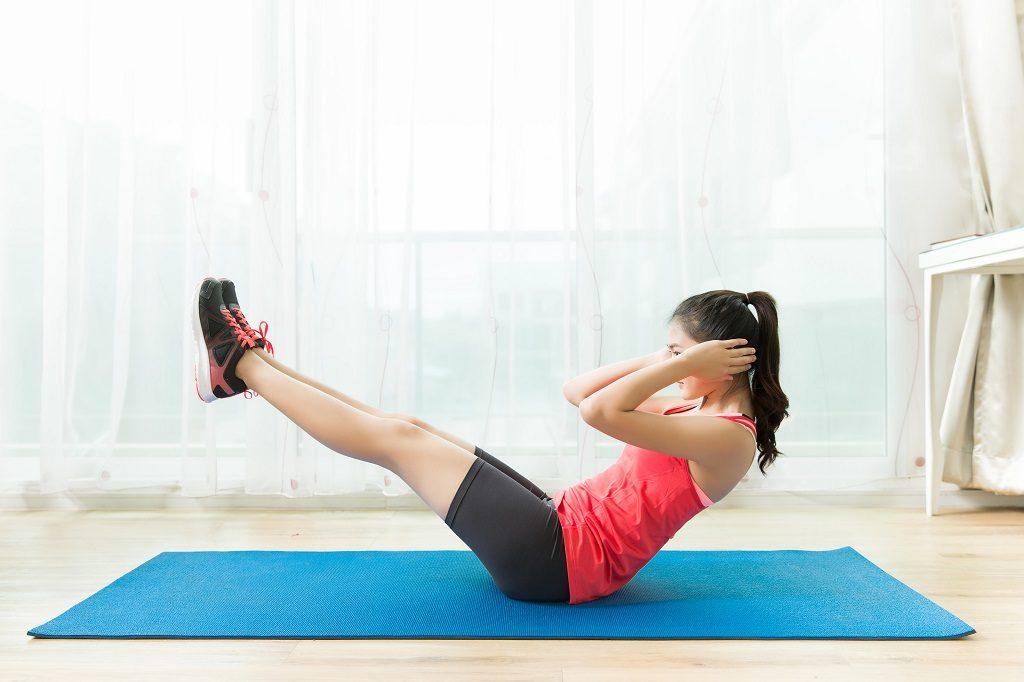 Упражнения для похудения ног и бедер с собственным весом